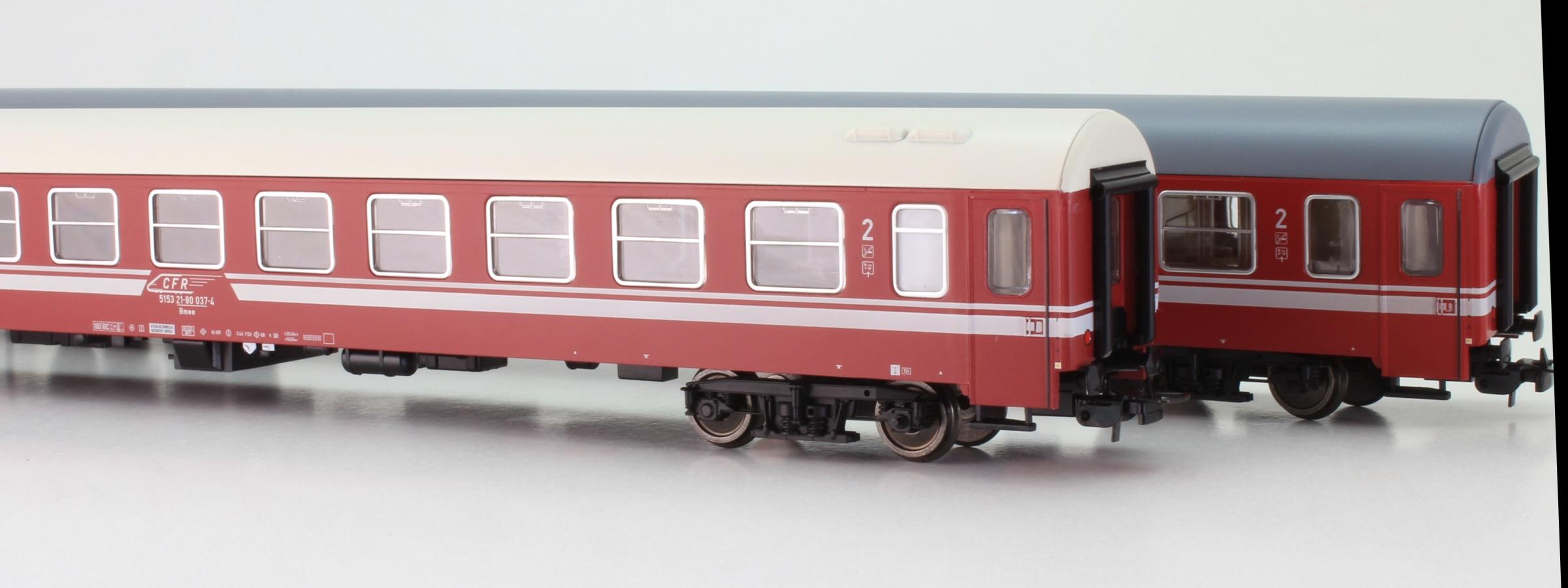 https://www.trains-addicted.ro/Resources/52530395/%5Eall/vagoane-calatori-dwa-cfr-clasa-2-tillig-501992.jpg
